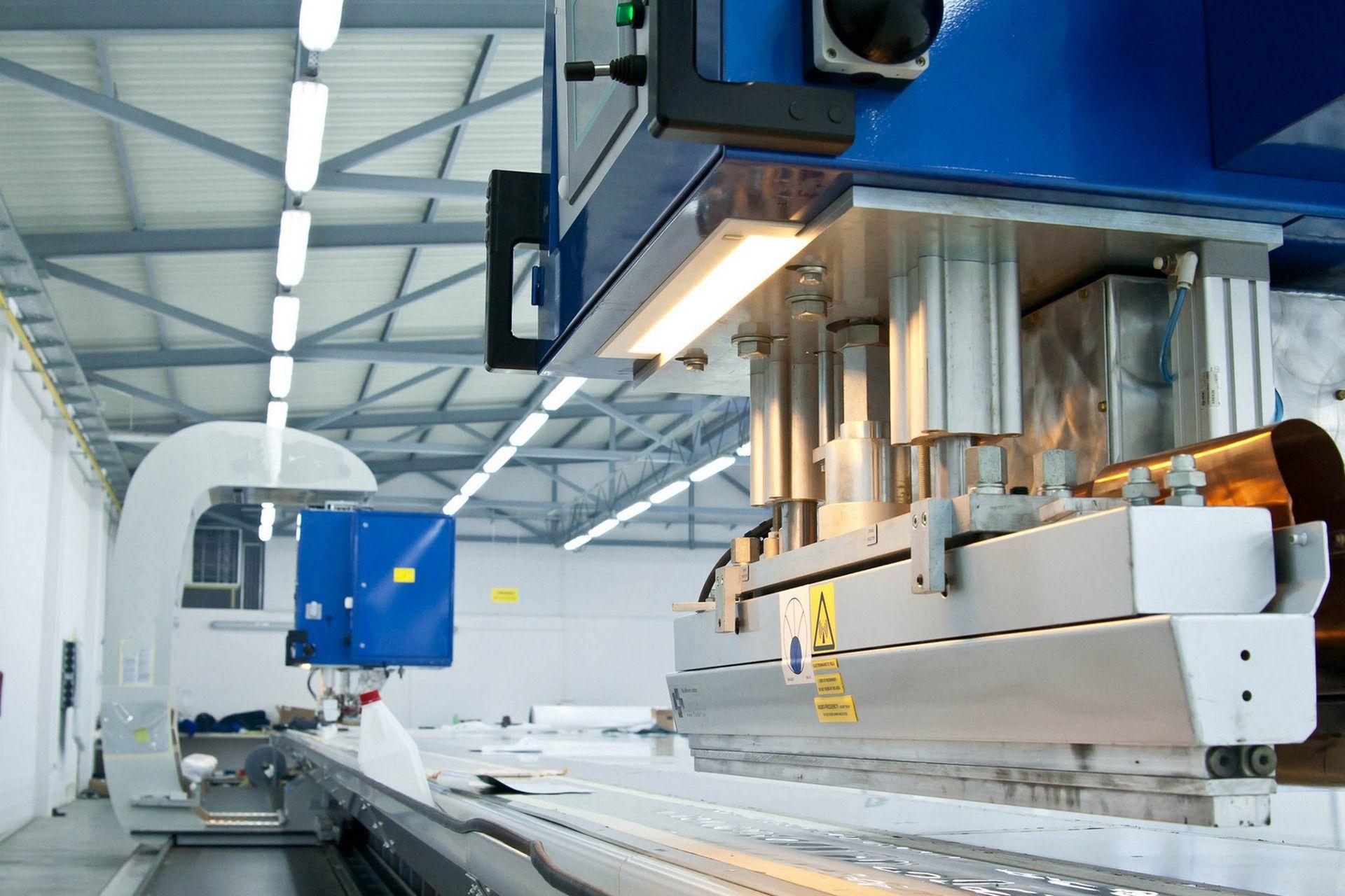 оборудование для производства изделий из пластика